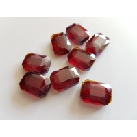 Veriamas karoliukas kristalas stačiakampis tamsiai raudonos sp., su AB danga, 18x13mm, 1 vnt.