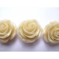 Akrilinė gėlytė rožė kabošonas baltos sp. 14x8mm