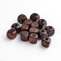 Mediniai karoliukai tamsiai rudos sp., kubo formos, 10mm, 10 vnt. 10 vnt.