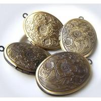 Pakabukas medaljonas zalvario sp. Ovalus su rastu 34x24 mm, 1 vnt.