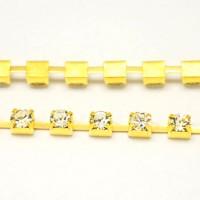 Grandinėlė aukso sp. su skaidriais kristalais, 10 cm.