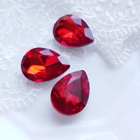 Įstatomi kristalai raudonos sp. siam, lašo f. 18x13x5mm, 1 vnt.