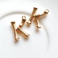 Pakabukas K raidė, aukso sp., 19x14mm, 1 vnt.