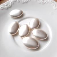 Perlai ovalios plokščios formos, baltos sp., čekiškas krištolas, 20x14 mm, 1 vnt.