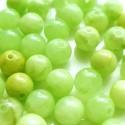 Nefritas žalias, apvalus 8 mm. 1 vnt.