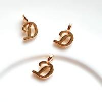 Pakabukas D raidė, nerūd. plieno, aukso sp., 11x7mm, 1 vnt.