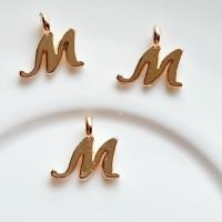 Pakabukas M raidė, nerūd. plieno, aukso sp., 11x10mm, 1 vnt.